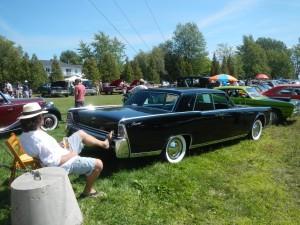 Lincoln at car show